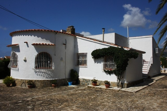 Calpe Villa For Sale - €299,000