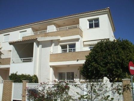San Cayetano Apartment For Sale - €115,000