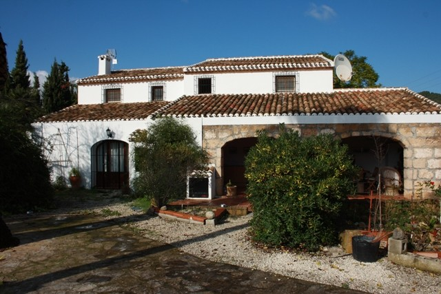 Javea Country Property For Sale - €599,000