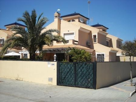 Townhouse in Torre de la Horadada - €260,000 - Ref:866