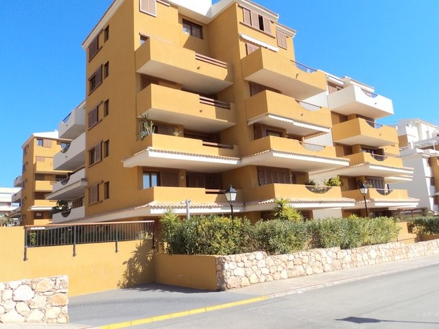 Punta Prima Apartment For Sale - €170,000
