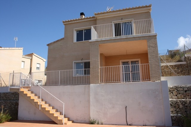 Pedreguer Villa For Sale - €192,000
