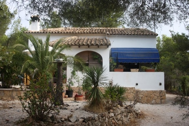 Villa in Benissa Coastal - €140,000 - Ref:385