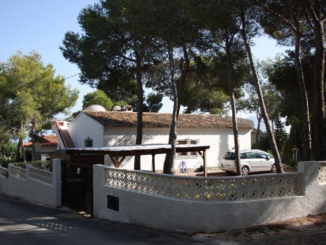 Benissa Coastal Villa For Sale - €249,950