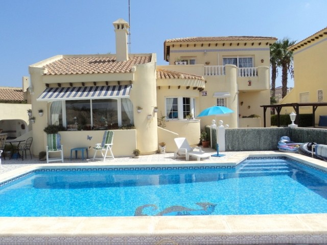 Las Ramblas Golf Villa For Sale - €435,000
