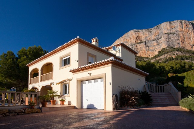Javea Villa For Sale - €699,000