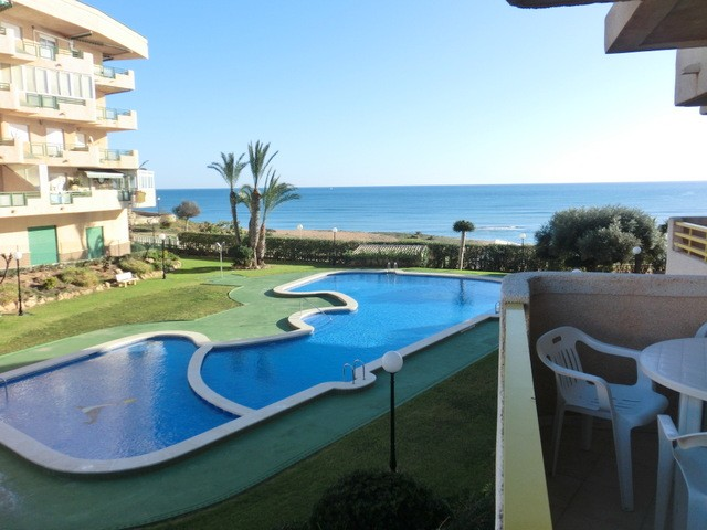 Mil Palmeras Apartment For Sale - €119,995
