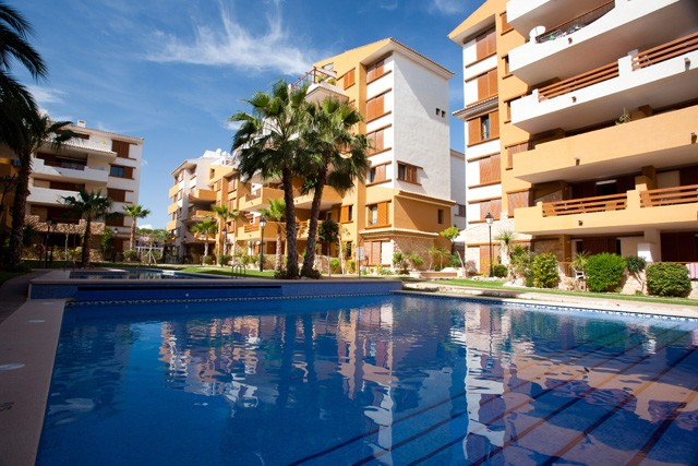 Punta Prima Apartment For Sale - €145,000