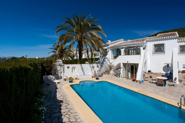 Javea Villa For Sale - €350,000