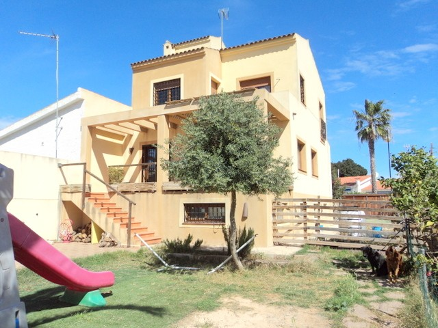 Torrevieja Villa For Sale - €235,000