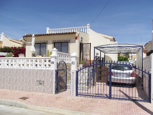 Playa Flamenca Villa For Sale - €175,000