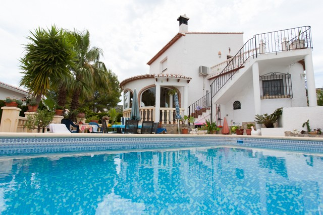 Pedreguer Villa For Sale - €242,000