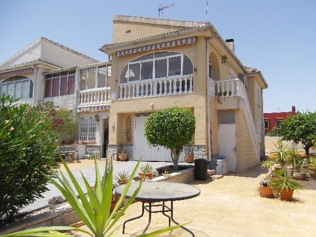 Semi Detached in Los Balcones - €205,000 - Ref:690