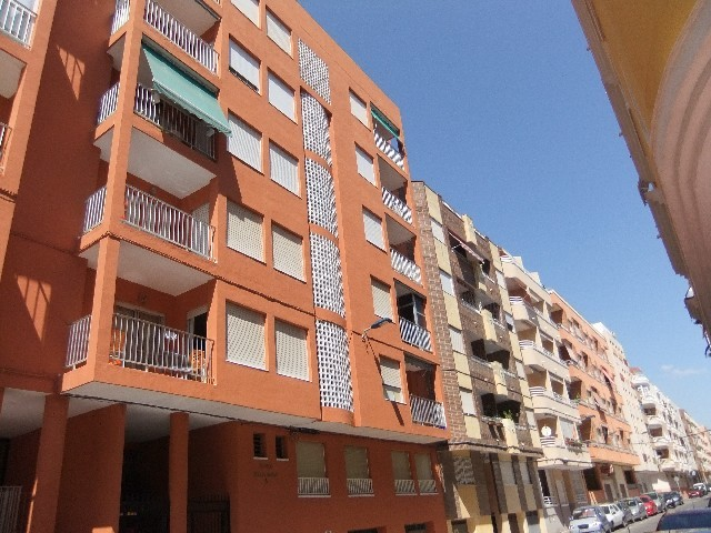 Torrevieja Apartment For Sale - €76,000