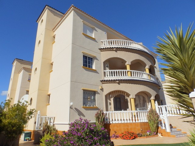 Campoamor Apartment For Sale - €110,000