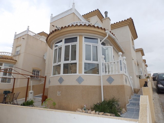 Villamartin Villa For Sale - €138,500