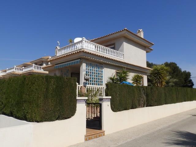 Los DolsesVilla For Sale - €185,000