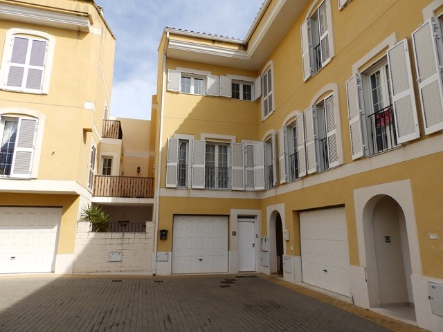 Jesus Pobre Townhouse For Sale - €175,000
