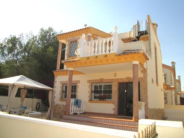 Los DolsesVilla For Sale - €280,000