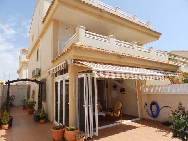 Torre de la Horadada Semi Detached For Sale - €169,995