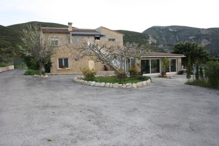 Country Property in Gata de Gorgos - €710,000 - Ref:1287