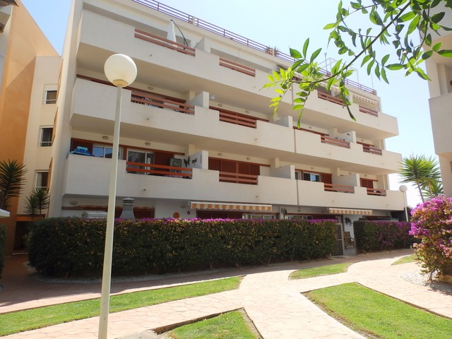 Playa Flamenca Apartment For Sale - €100,000
