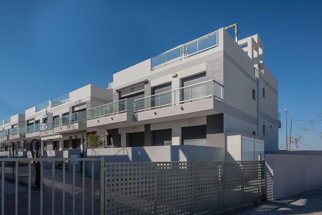 Mil PalmerasPenthouse For Sale - €159,500