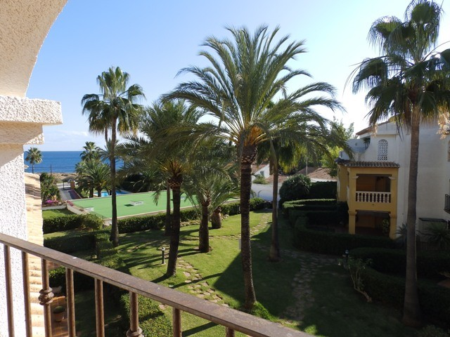 Javea Apartment For Sale - €195,000