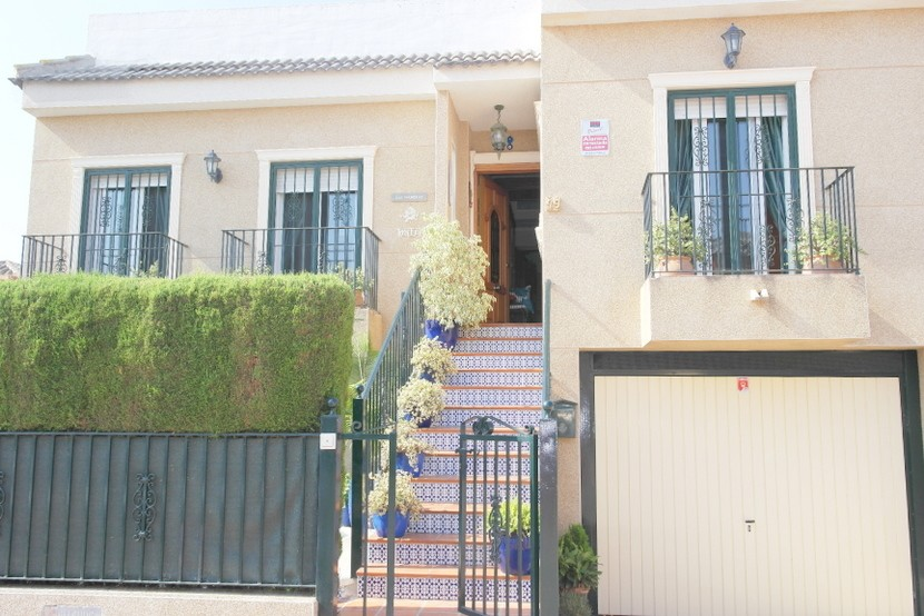 Daya Nueva Semi Detached For Sale - €168,500
