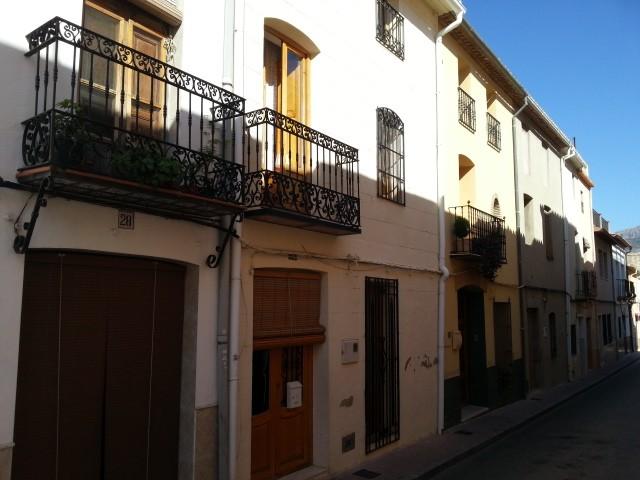 OrbaTownhouse For Sale - €299,950