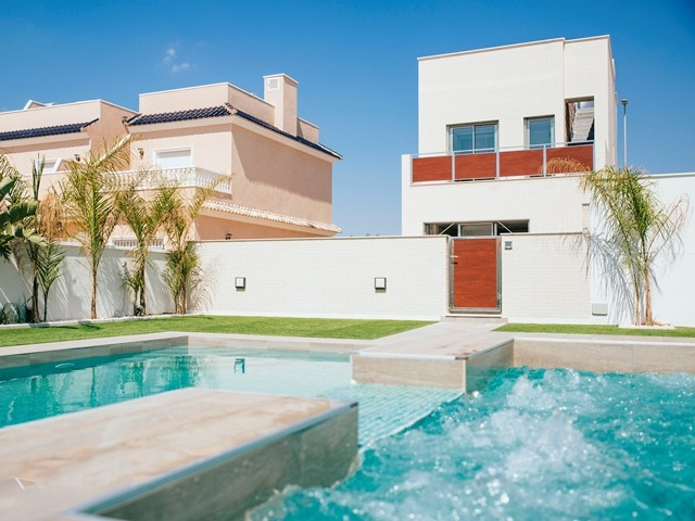Torre de la Horadada Duplex For Sale - €220,000