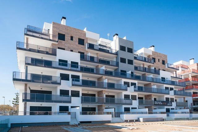 Mil Palmeras Penthouse For Sale - €290,000