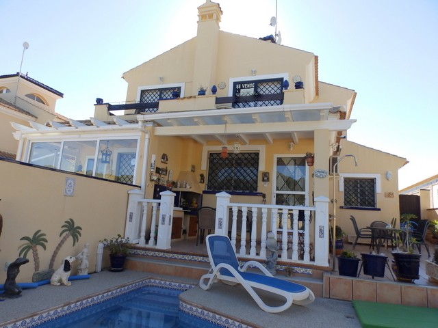 Mil Palmeras Semi Detached For Sale - €190,000