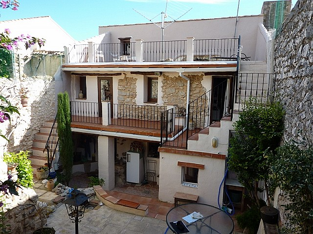 Tormos Townhouse For Sale - €189,000