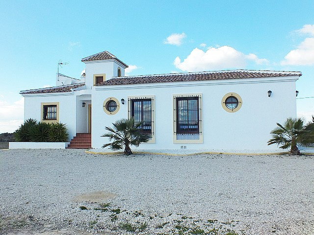 La Marina Villa For Sale - €369,950