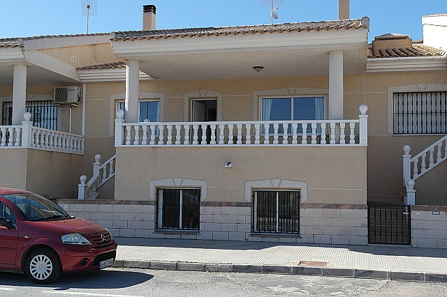 Daya Vieja Townhouse For Sale - €115,000