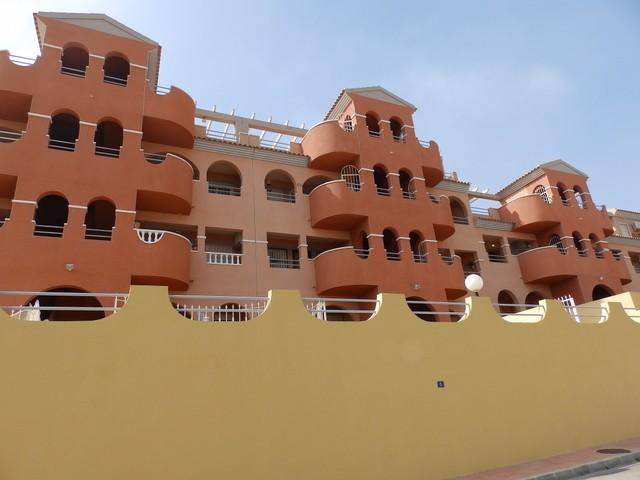 Apartment in Villamartin - €79,995 - Ref:76