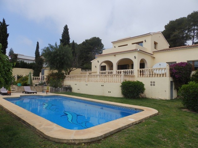 Benissa Coastal Villa For Sale - €395,000