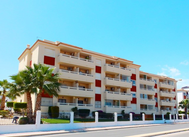 Playa Flamenca Penthouse For Sale - €107,000