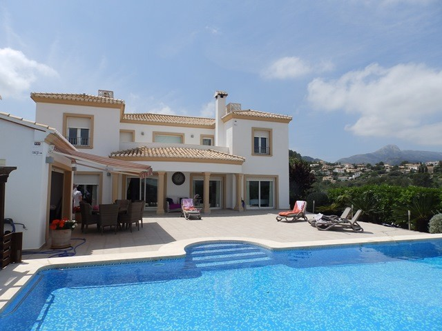 Orba Villa For Sale - €600,000