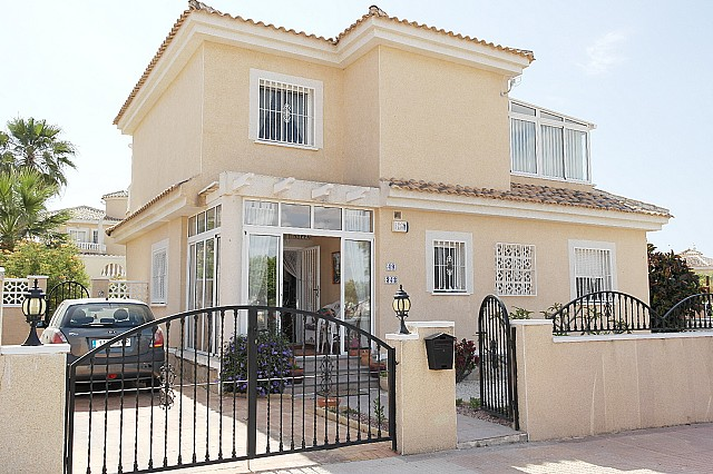 La Marina Villa For Sale - €235,000