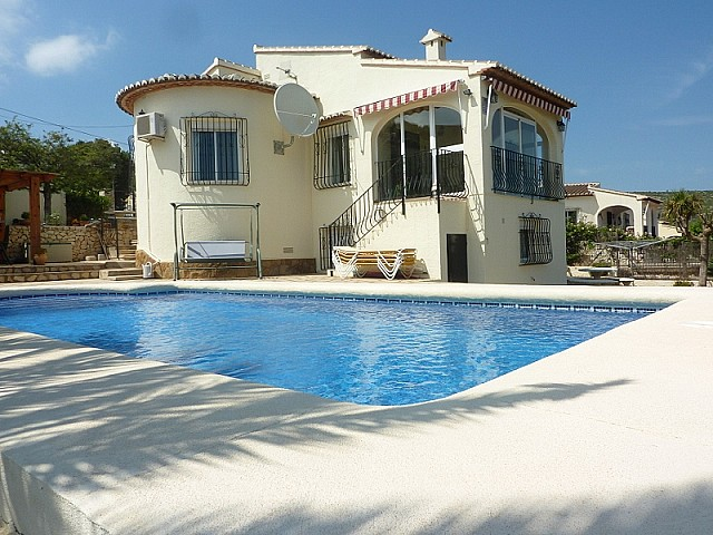 Alcalali Villa For Sale - €265,000