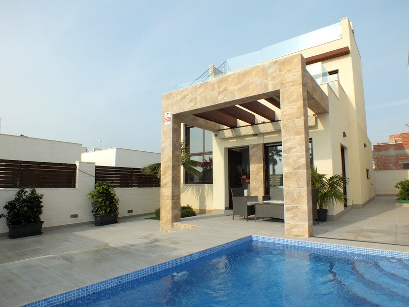 Ciudad Quesada Villa For Sale - €215,000