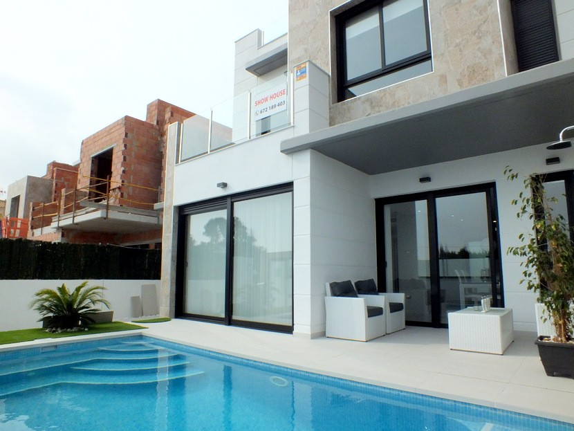 Campoamor Villa For Sale - €259,000