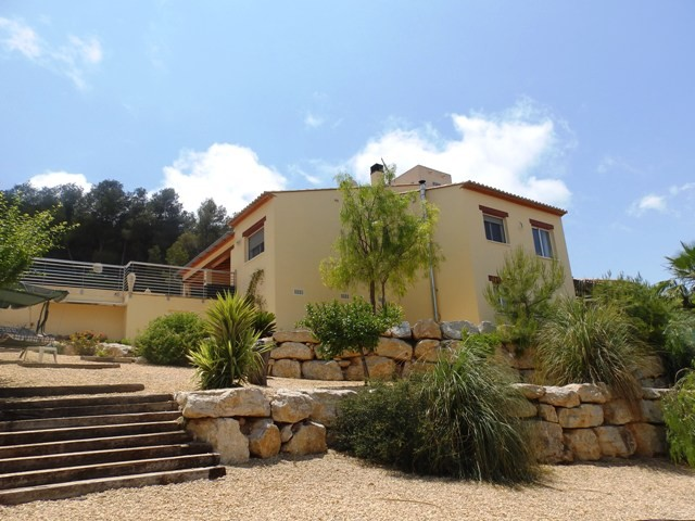 Javea Villa For Sale - €395,000