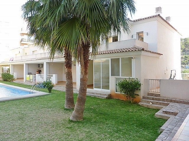 Pedreguer Townhouse For Sale - €84,000