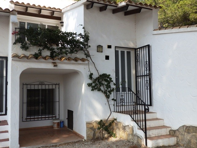Townhouse in Moraira - €129,000 - Ref:296