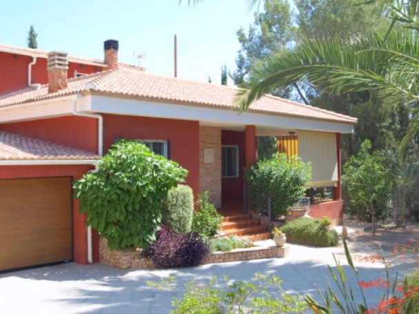 Fortuna Villa For Sale - €349,000