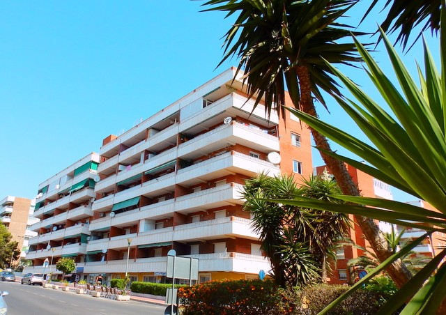 Apartment in Punta Prima - €99,995 - Ref:167