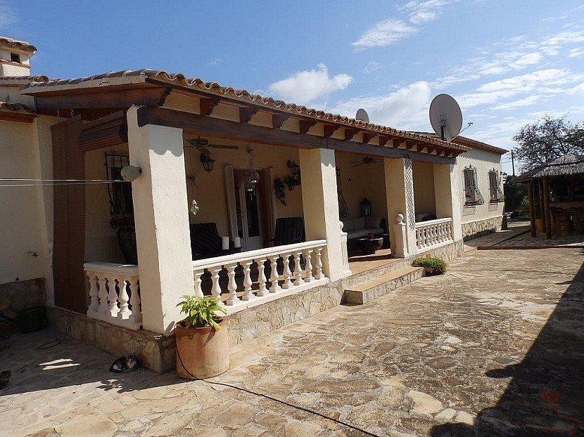 Jalon Villa For Sale - €360,000